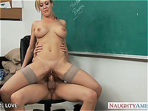 blondie instructor Brandi love railing pecker in classroom