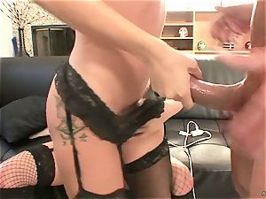 horny Tory Lane gives Amy Brooke a double dipping