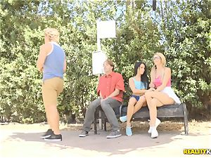 Megan Rain and Blake Eden make a meal out of minge in public