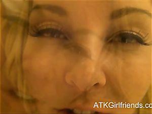 You give Aaliyah love a creampie in Vegas Virtual date