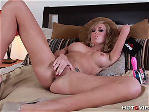 Her explosive orgasm makes her jiggle