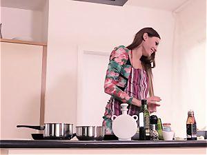 Steak and oral job - Kitana Lure providing head to her dude