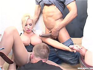 fans smoking group rub jerk with Michelle Thorne