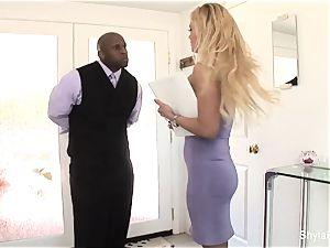 chesty real estate agent Shyla takes black spunk-pump