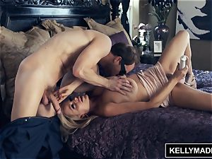 KELLY MADISON coated by the Bug fellow