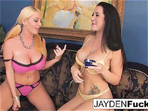 Jayden loves to gobble Sophie's vag