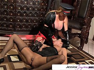 observe Taylor Wane pulverize Jessica Jaymes like a whore