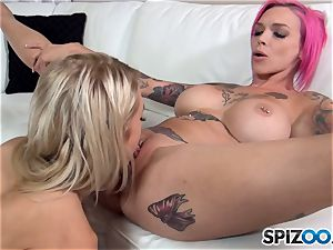 Alix Lynx and Anna Bell Peaks play with minge fuck-hole
